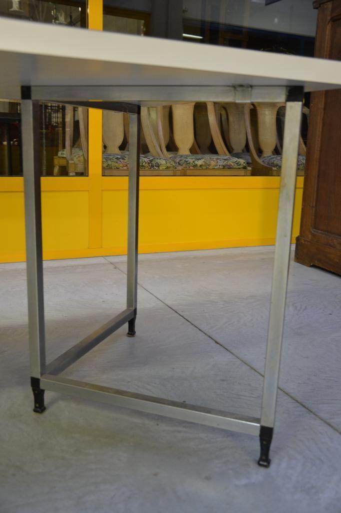 Tavolo modernariato rif 2027 a2 antiquariato su for Vendita mobili modernariato