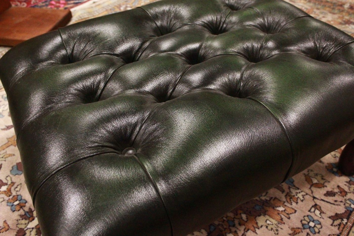 Pouf / puff chesterfield chester original English leather green ...
