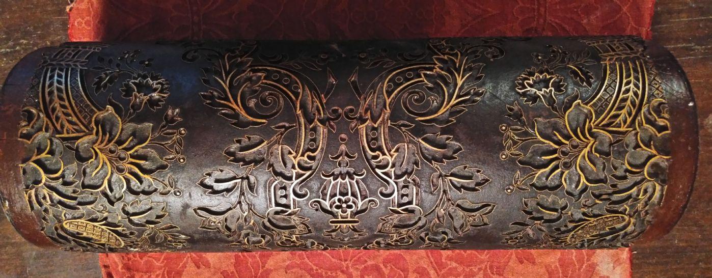 thumb3|Splendido rullo in legno ed ottone per la stampa di tappezzerie