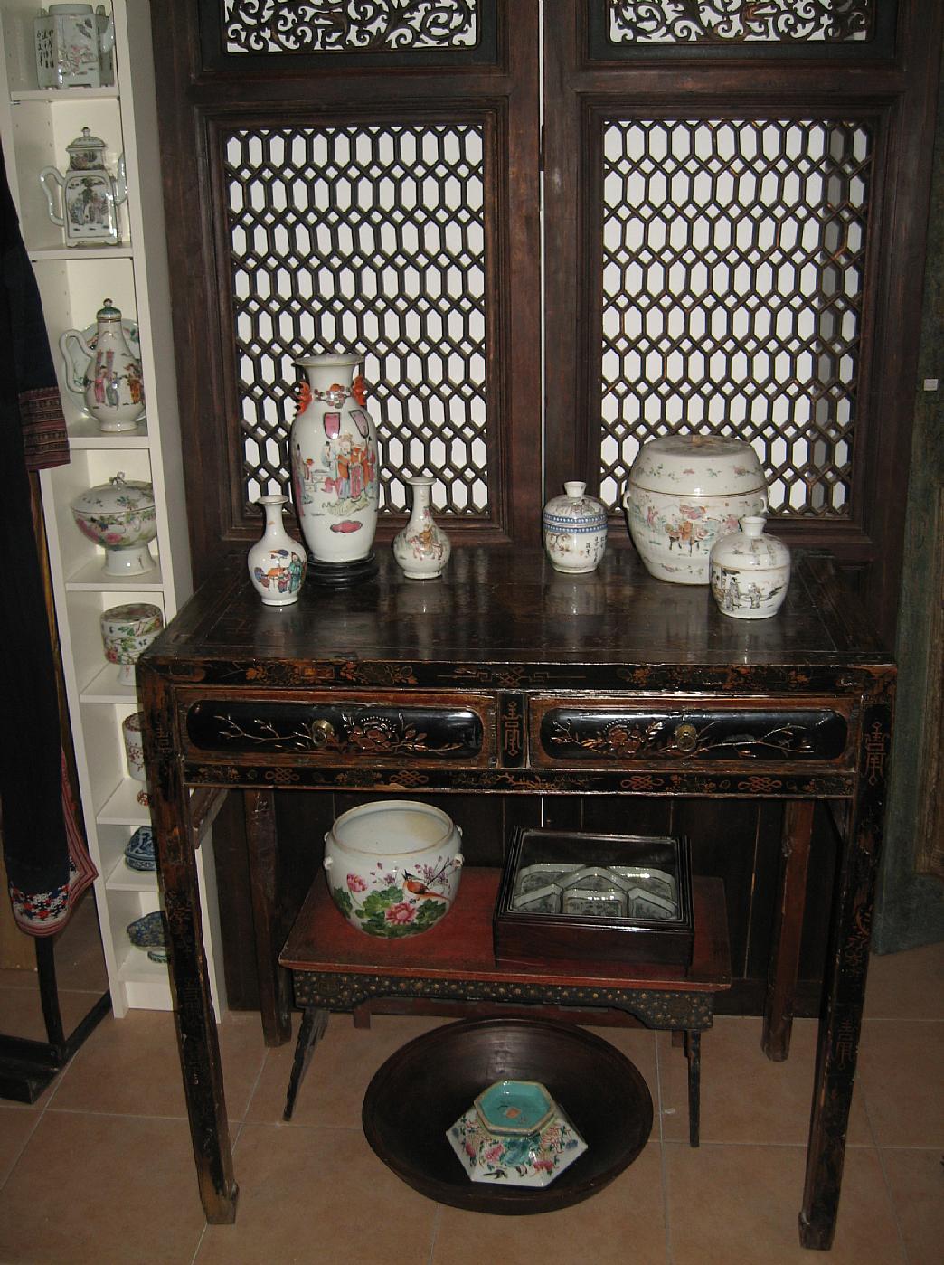 Tavolino consolles cinese laccato antiquariato su for Antiquariato cinese milano