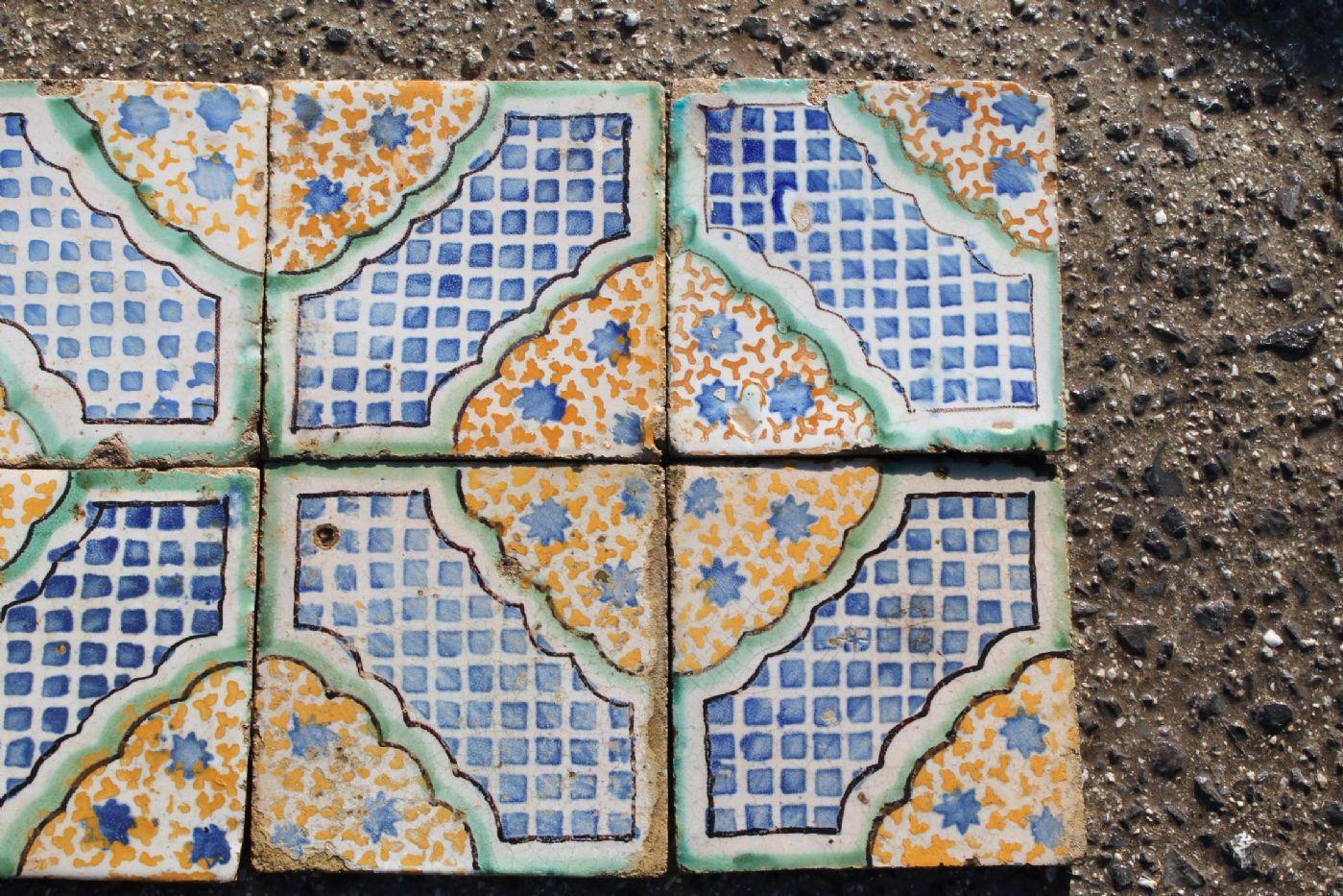 thumb2  Grande antico tavolo olmo quadrato 800, restaurato naturale. Tavolino antiquariato .