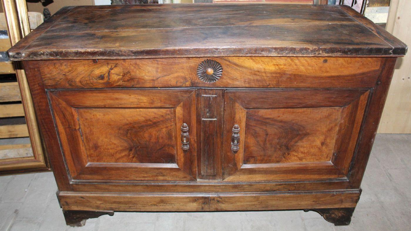 Credenza Da Restaurare : Credenza madia legno noce massello da restaurare francia prima