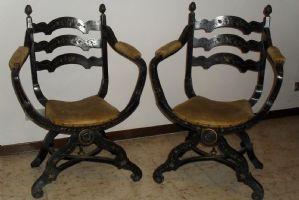 Poltrone antiche del 800 poltrone antiche mobili antichi for Mobili 800 toscano