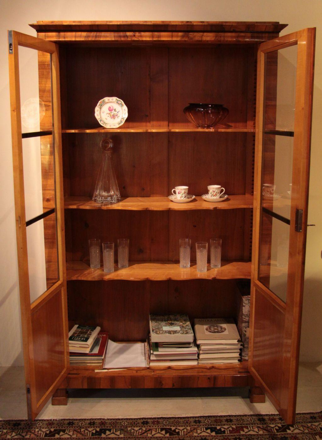 Splendida vetrina biedermeier austria 1840 circa venduto antiquariato su anticoantico - Mobili biedermeier ...