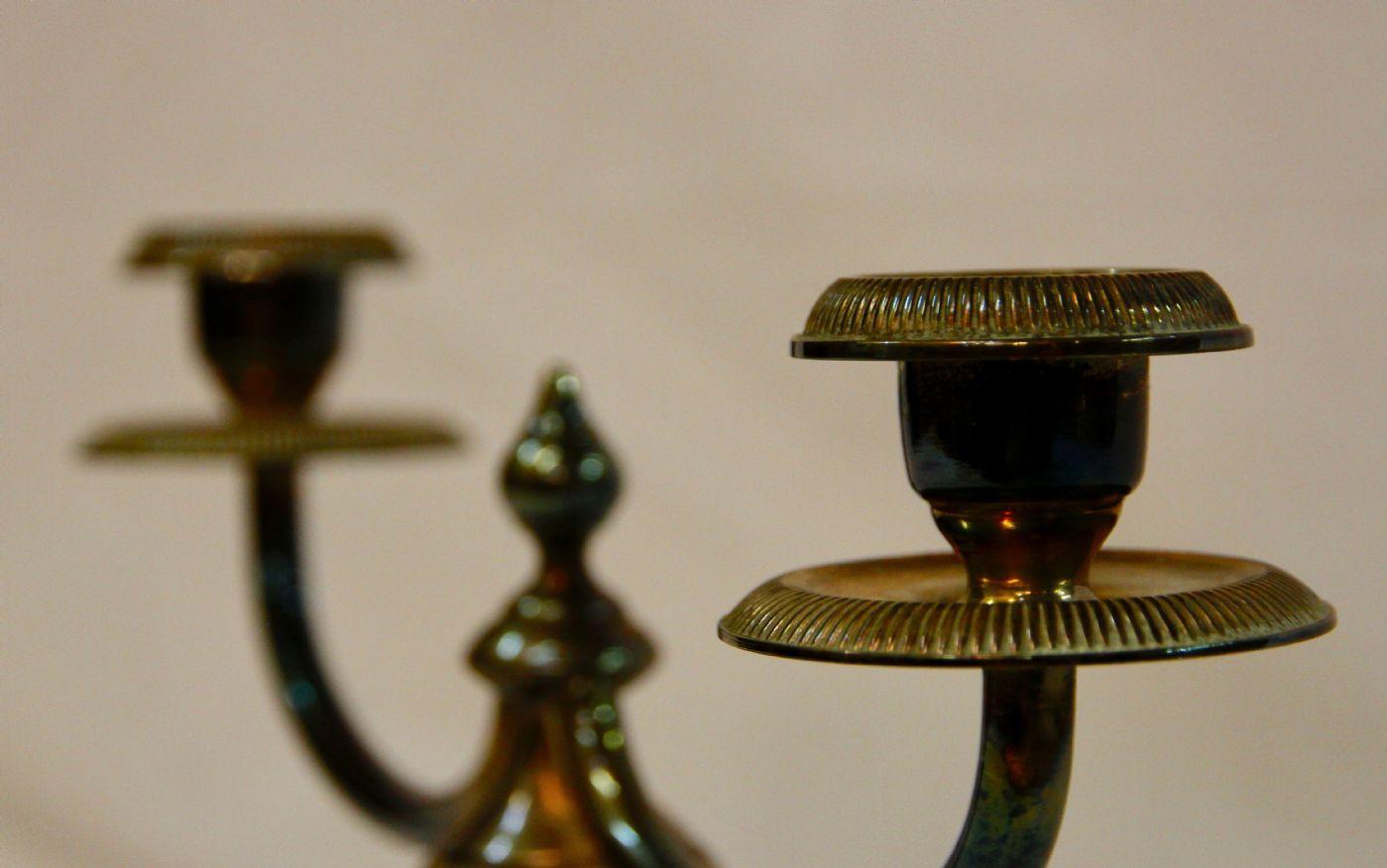 thumb6|Candelabro Art Déco in bronzo di diaspro, XX° secolo