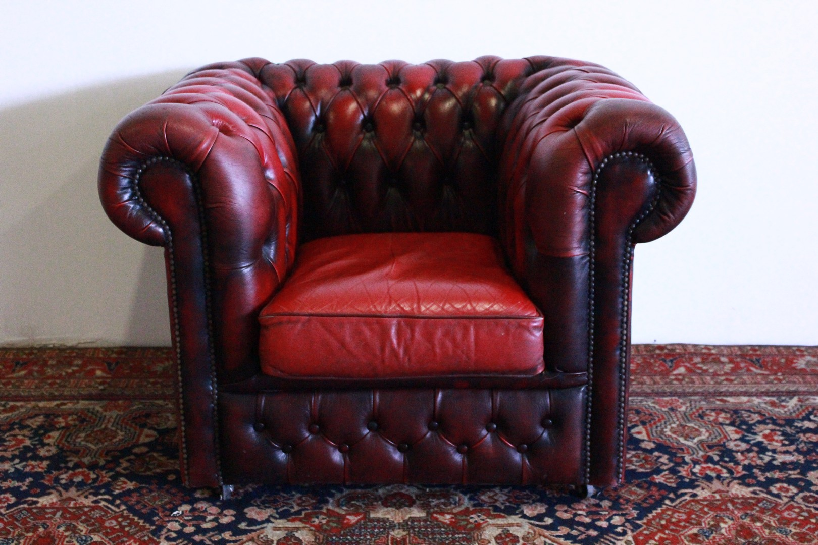 Poltrona Pelle Bordeaux.Original Chesterfield Club Armchair Made In The Uk Club