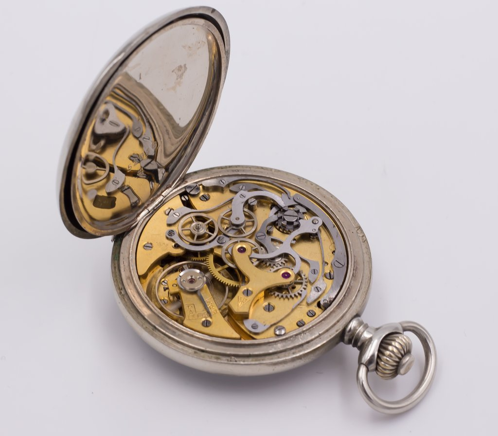 thumb4|Cronografo da tasca Vincit in argento primi 900