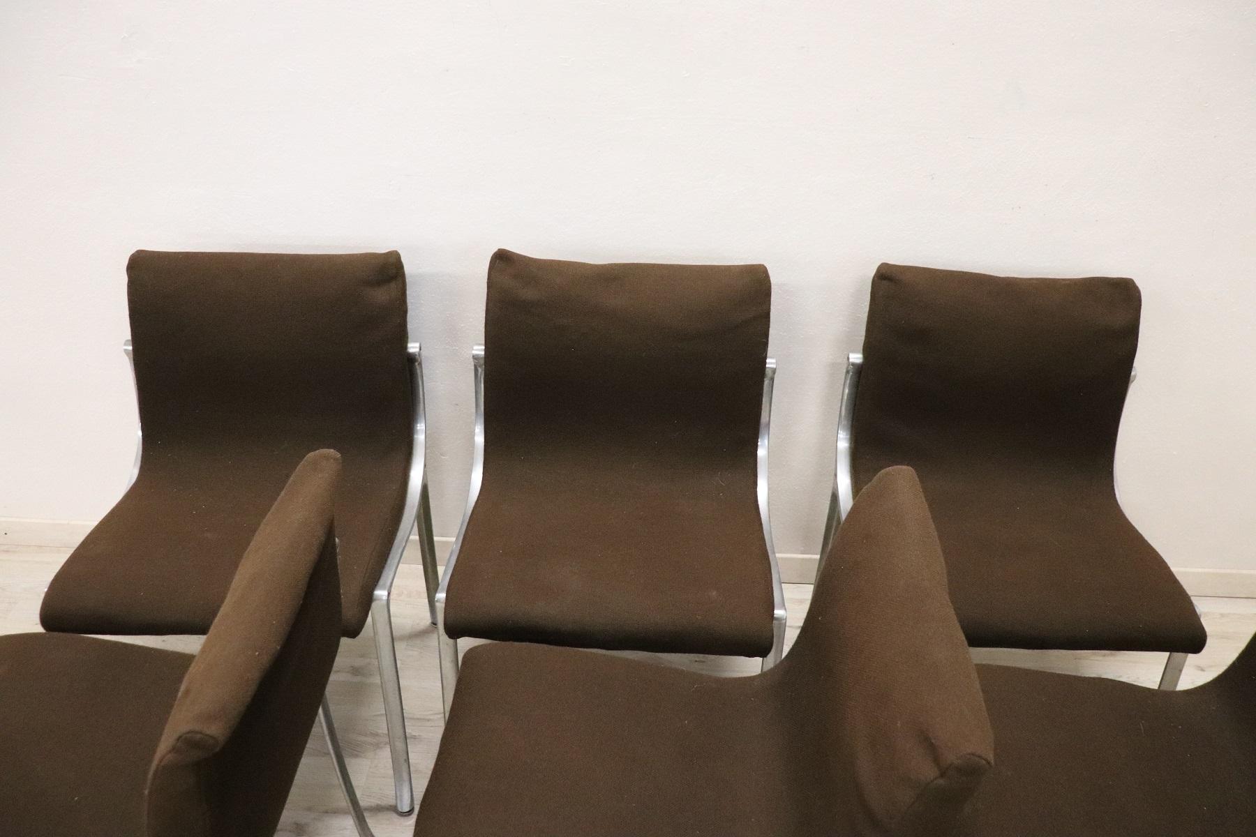 thumb4|Set di sei sedie design stile Osvaldo Borsani, 1970 prezzo trattabile