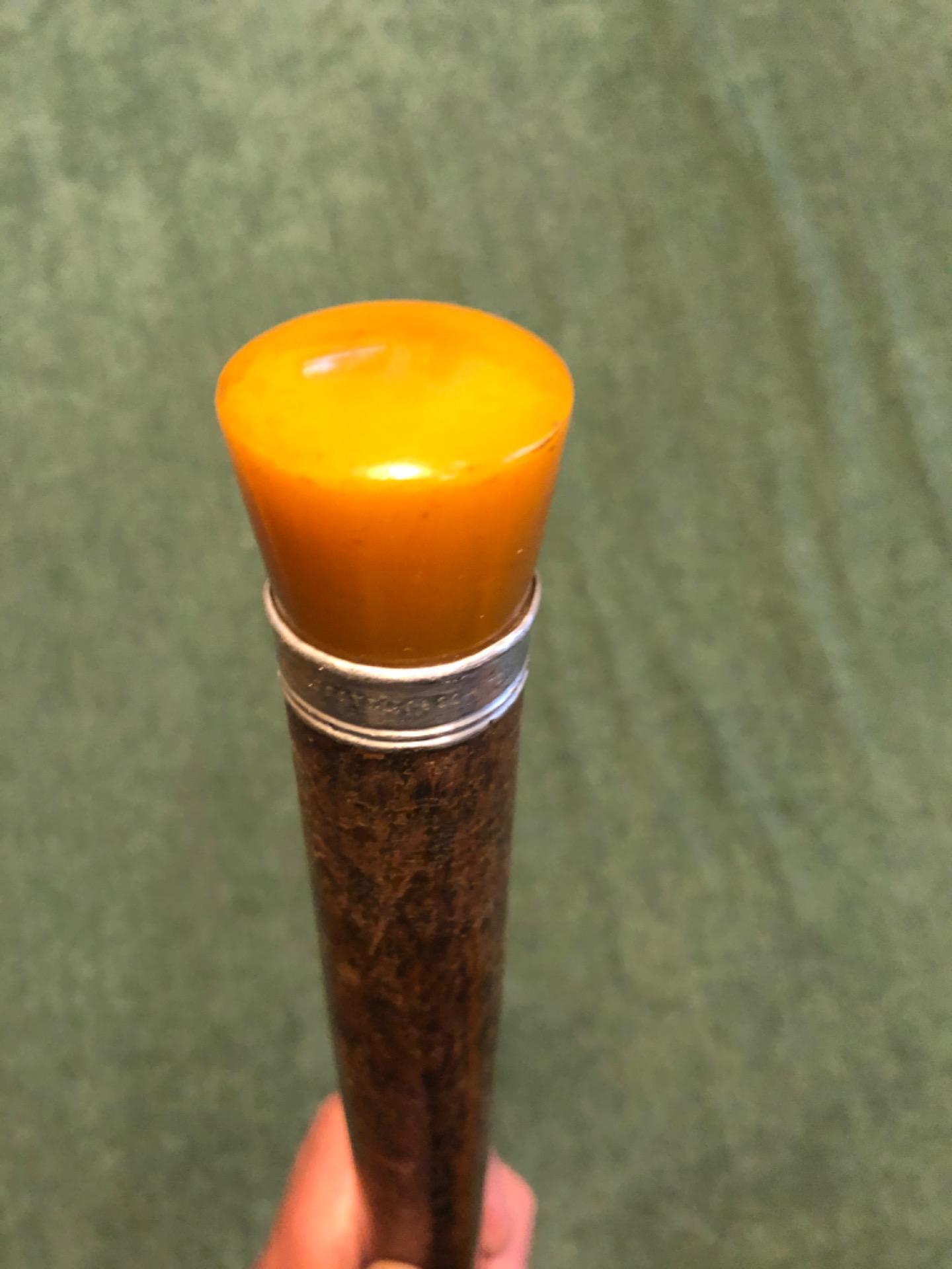 Bastone 'pila' con pomolo in Bakelite che si illumina (tramite pila da inserire all'interno).