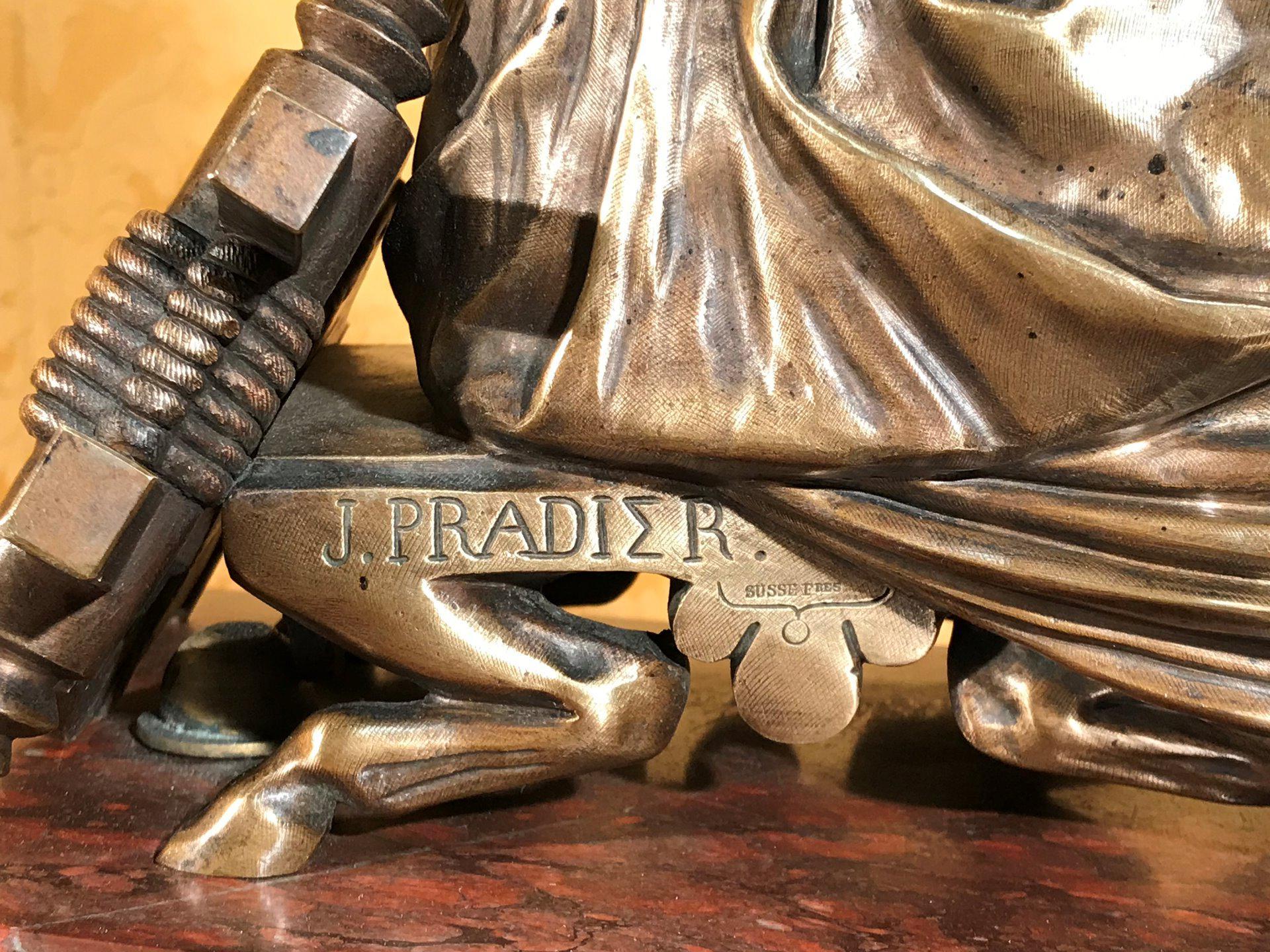thumb6|Importante orologio a pendolo con marmo e bronzo firmato
