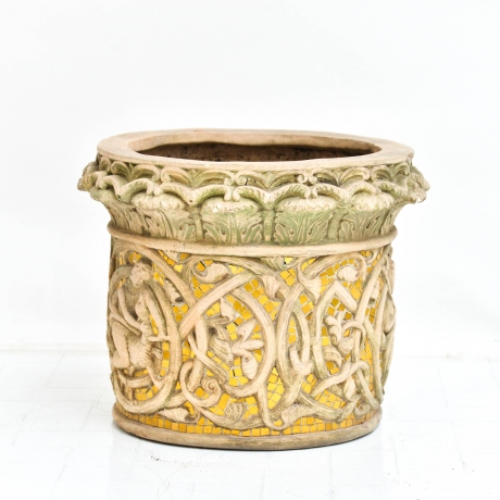 thumb5|Vaso cachepot con fregio di stile gotico francese, Cachepot vase with French Gothic style frieze