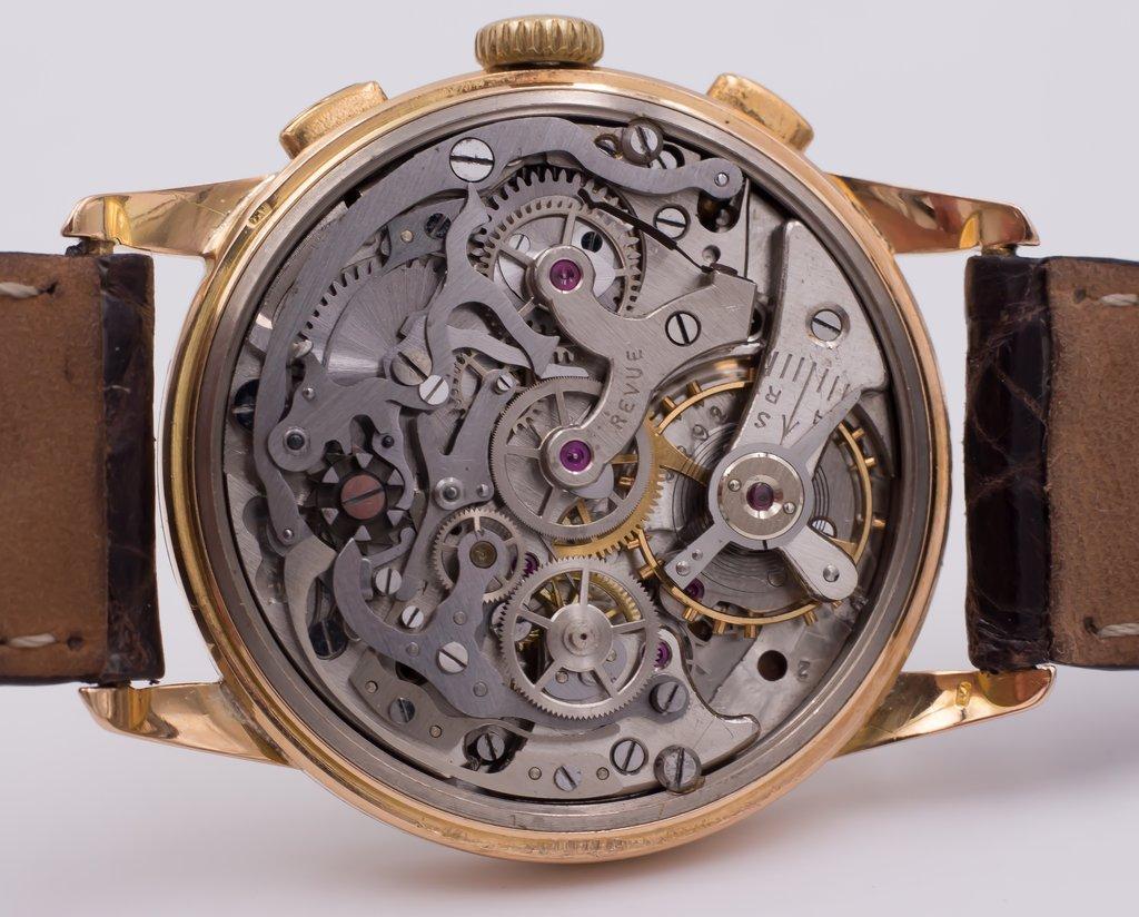 thumb5|Cronografo in oro Revue anni 50