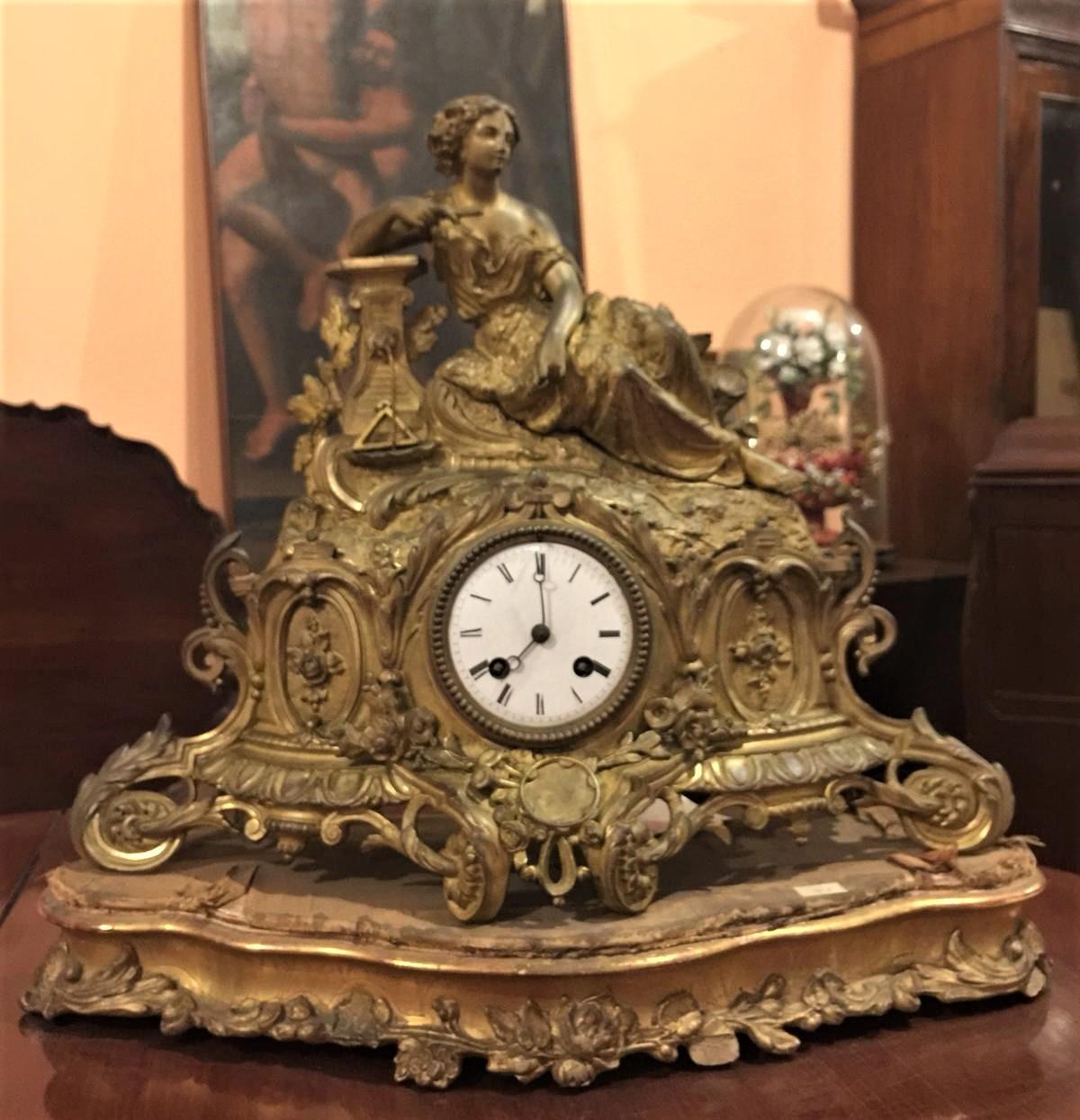 Orologio da tavolo con movimento a pendolo epoca napoleone iii antiquariato su anticoantico - Orologi d epoca da tavolo ...