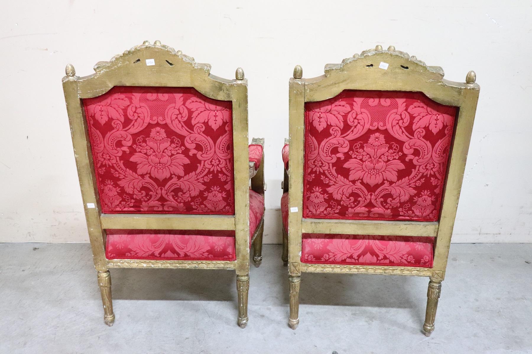 thumb9|Coppia di poltrone in stile antico Luigi XVI legno intagliato e dorato PREZZO TRATTABILE
