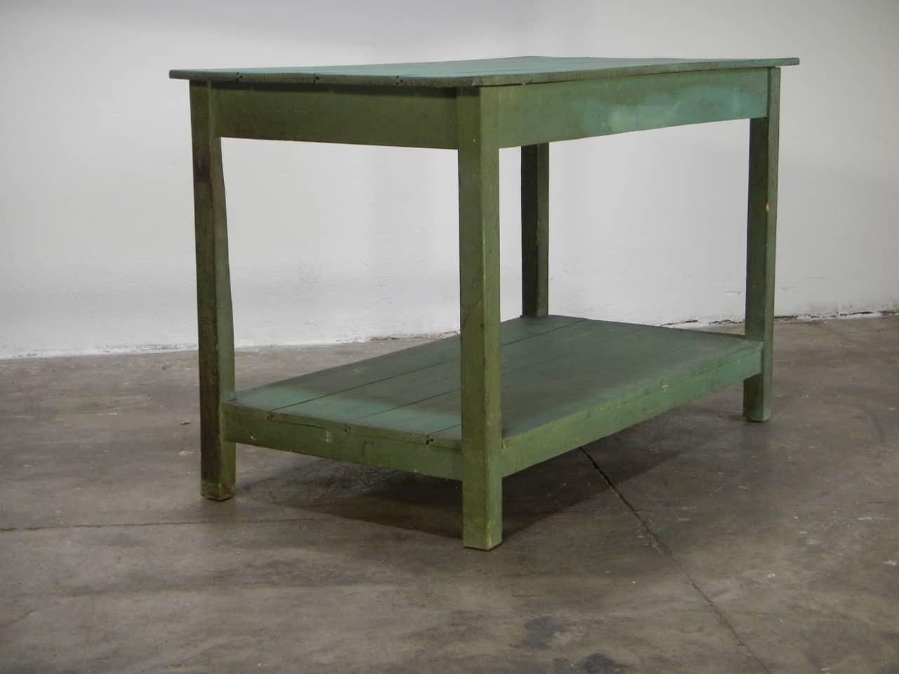 thumb2|bancone in  legno  di abete con due piani anni 50