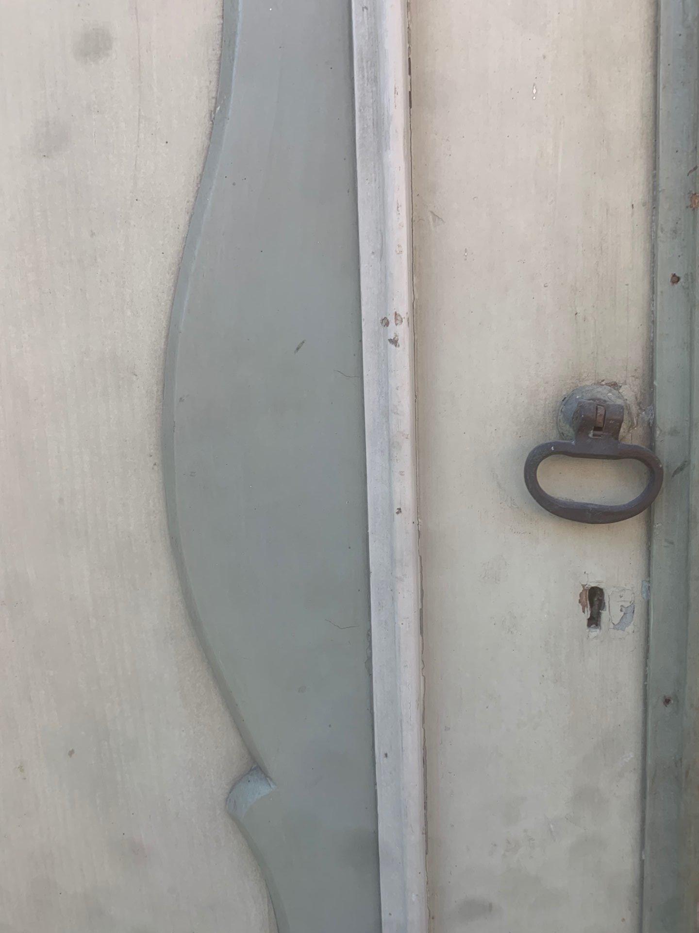 thumb6|porta ad un battente