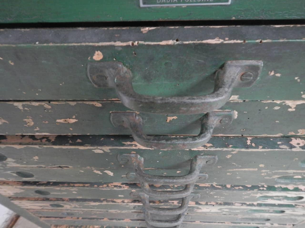 thumb10|cassettiera da tipografia anni 50