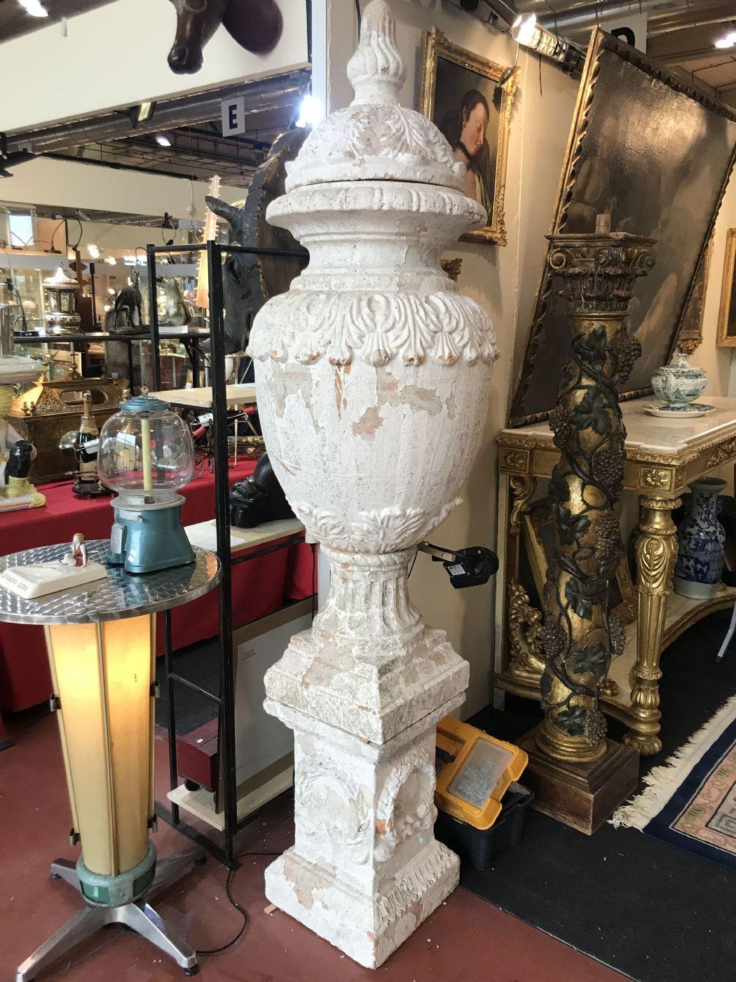 Vasi in pietra in coppia 60x220h