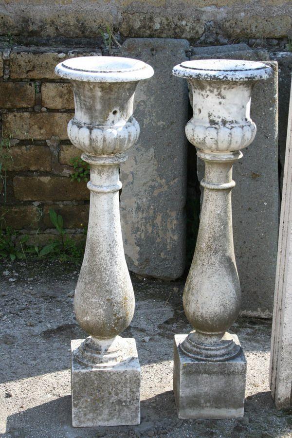 Coppia di antichi vasi in marmo antiquariato su anticoantico for Vasi antichi