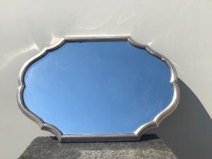Vassoio in argento sbalzato e specchio.Punzone fascio littorio.Italia.