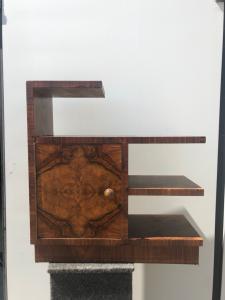 Журнальный столик - буфет Art Deco, облицованный бриаром.