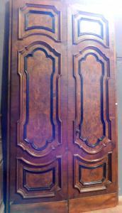 ptn020 puerta de dos hojas en nogal, ep. 1600, ancho.165 xh 300 cm