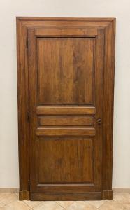 Tür zu einer Schaukel