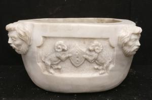 Lavandino finemente scolpito - 40 x 40 x H 21 cm. - Marmo di Carrara - 19° secolo - Venezia