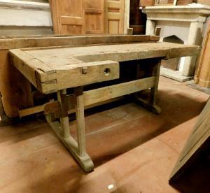 tav169 tavolo da lavoro, mis. max con morsa cm 220 x 91 , h 80