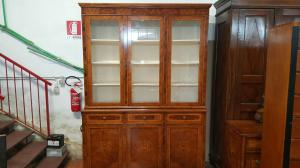 Libreria lombarda intarsiata