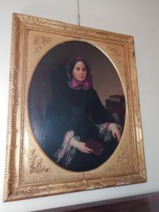 Apprezzabile Ritratto di Nobil donna firmata Giuseppe Bezzuoli (Firenze 1784-1855) in cornice in legno dorato coeva