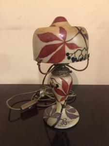 Lampada in pasta di vetro firmata dall'artista, epoca Liberty