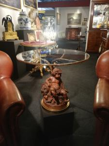 Mesa de centro de madeira e vidro de bronze
