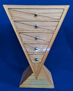 Mobile a triangolo 5 cassetti - stile Art Deco in radica bionda striata