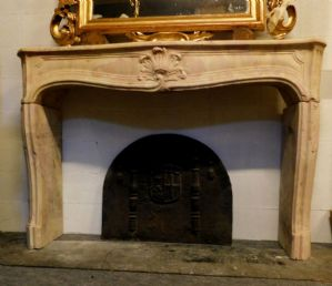 chp271 burgundy stone fireplace, epoch '700, french, cm160 x 34, h 109
