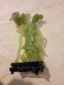 Estatueta chinesa de jadeite