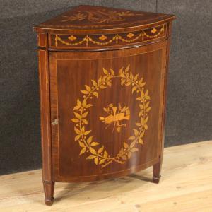 Angoliera inglese intarsiata in legno