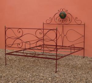 漆铁双人床,可移动,十八世纪!