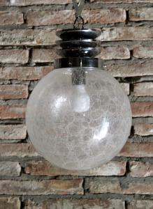 Lampadario Space Age anni 70 a palla in vetro trasparente e acciaio