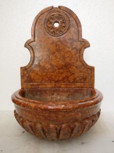 Fontanella lavamani da chiesa, 2 moduli - H 50 cm - Marmo rosso Verona broccato - Fine 19° secolo