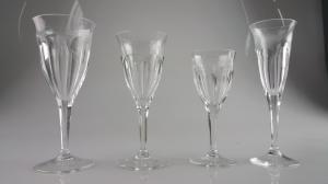 GLASSES MOSER