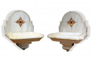 Pair of antique marble fonts. Period 1700s.