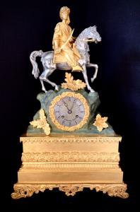 Orologio a pendolo parigina in bronzo policroma primo '800