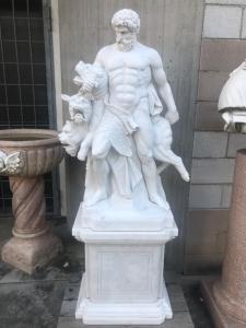 Scultura in marmo 40x60x170h