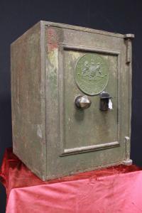 Cassaforte apribile verde originale inglese di metà '800
