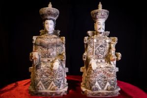Pair of ivory dignitaries. Japan Sec XIX