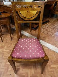 10 Vienna chairs