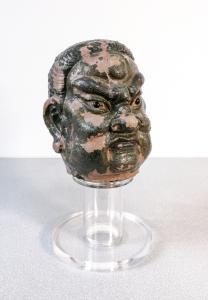 Scultura in stucco di Guardiano del Tempio. Cina, Tarda dinastia Ming o precedente