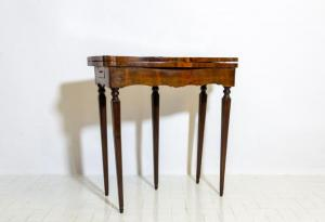 Napoleon III game table, Napoleon III game table