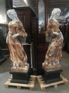Statue in marmo in coppia 50x35x190h